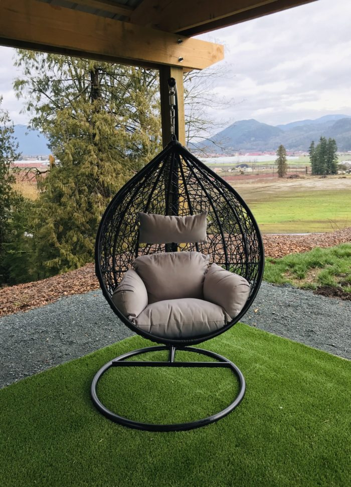 Teardrop swing with light grey cushion