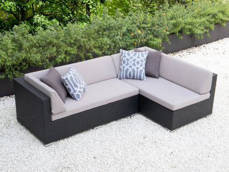 Small L with light grey cushions