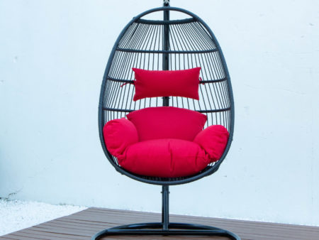 Single folding swing with red cushion