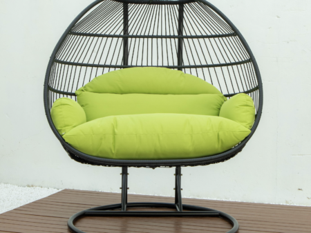 Double folding swing with green cushion