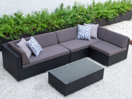 Classic L with glass table in dark grey cushions